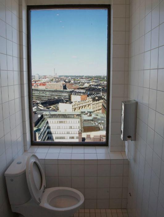 Туалет в Хельсинки, Финляндия.