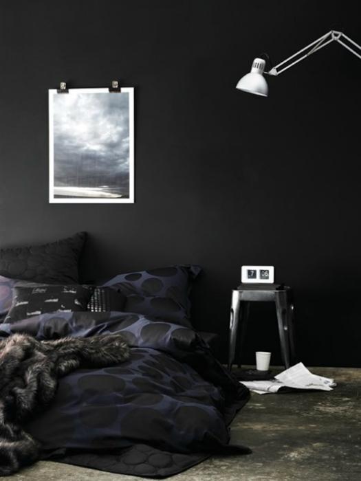 Спальня в черном цвете.