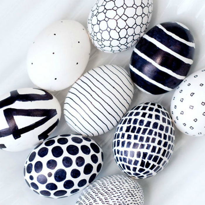 Яйца, оформленные в стиле минимализм.