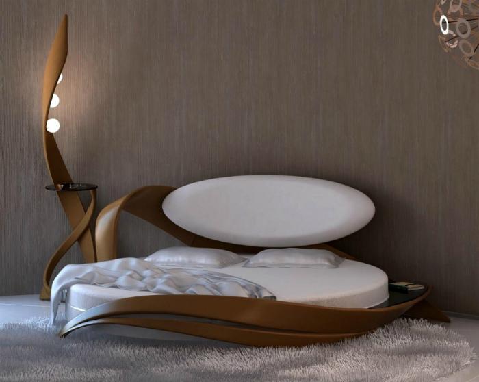 Оригинальная кровать в стиле ар-деко.