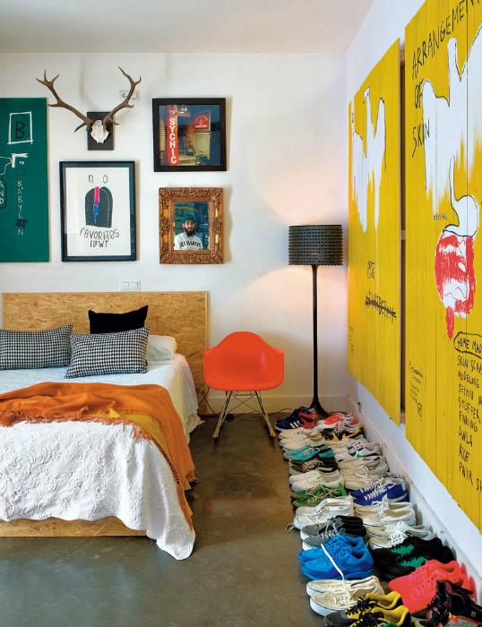 Яркая спальня в стиле поп-арт.