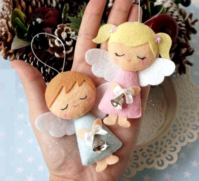 Фетровые фигурки ангелов.