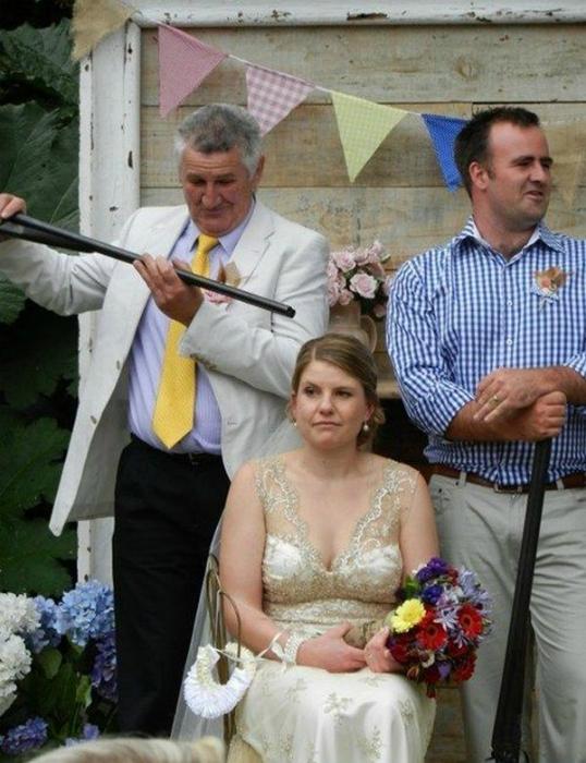 Невестка под прицелом.