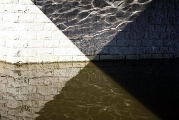 Четыре оттенка света и тени. | Фото: Pholder.