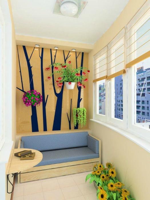 Яркий балкон. | Фото: Ремонт без проблем.