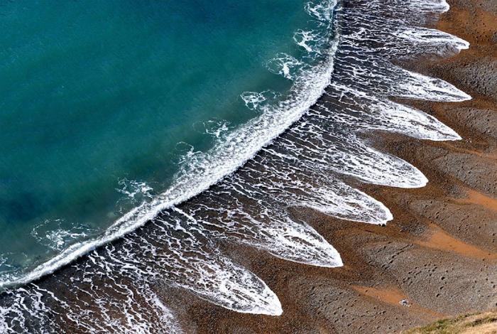 Удивительные узоры на побережье Дорсетшира и Восточного Девоншира на юге Англии.