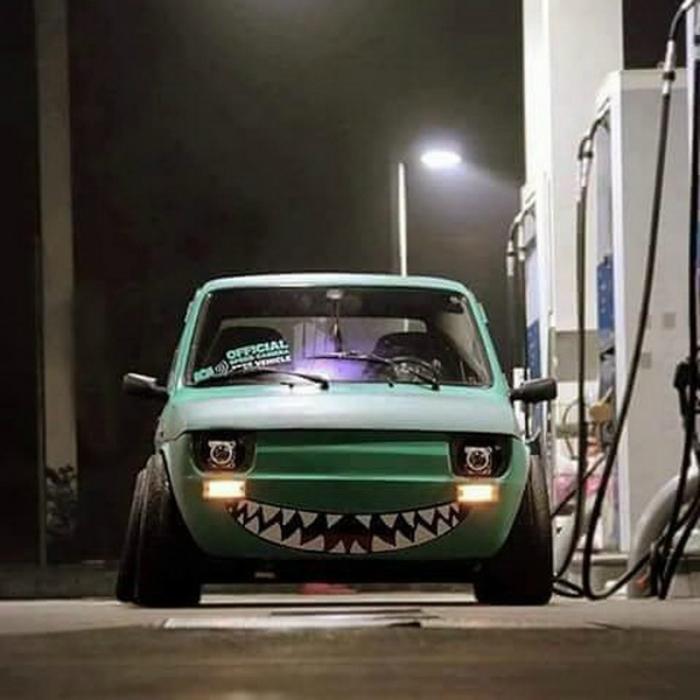 Радостная машинка.