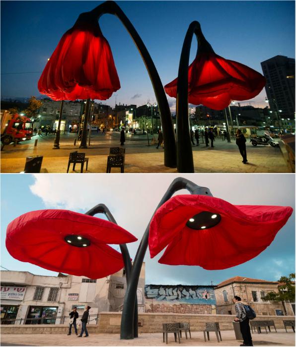 На улицах Иерусалима появились фантастические 9-метровые светильники в виде цветов, которые раскрываются, когда мимо идут люди или проезжают машины.