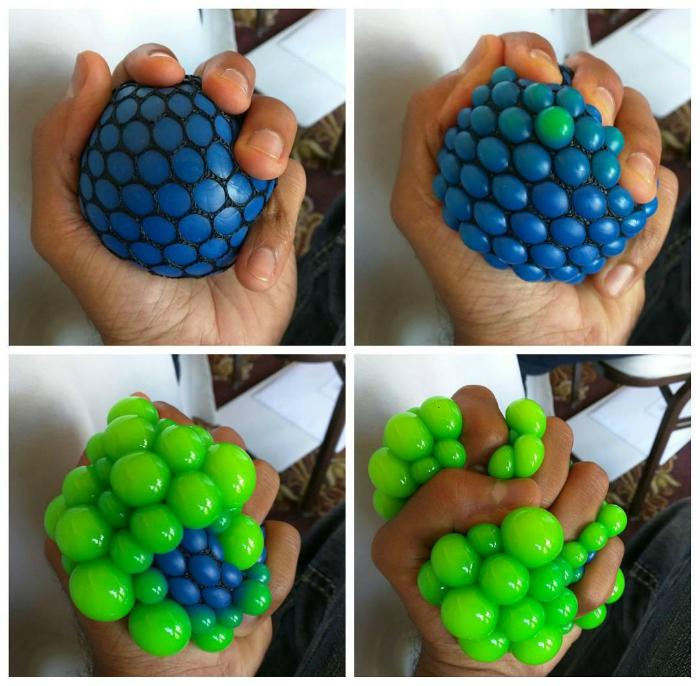 Резиновый мячик, который снимает стресс.