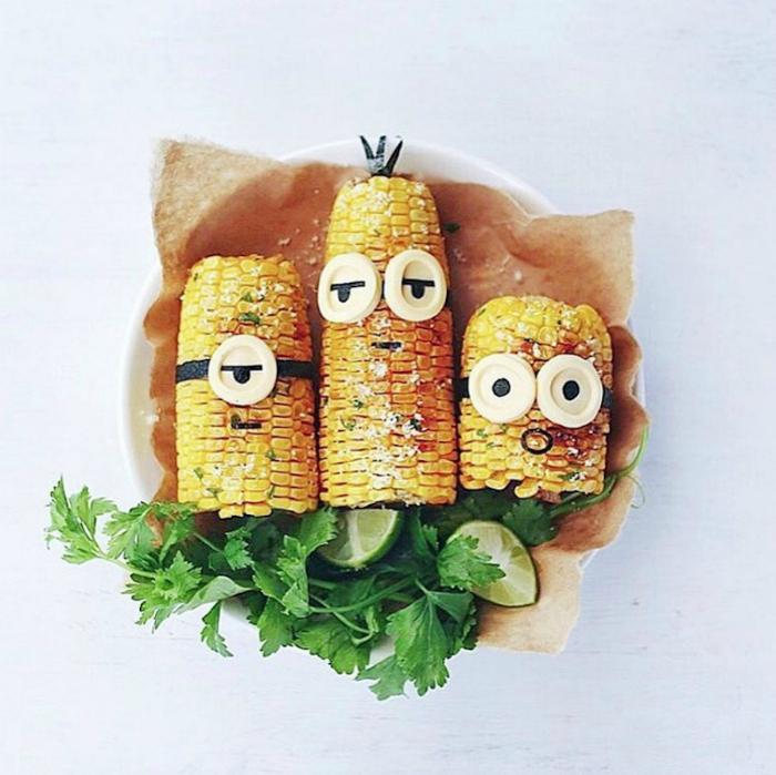 Забавные миньоны из кукурузы.