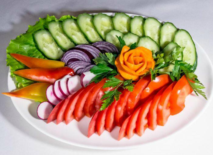 Закусывать здоровой пищей. | Фото: Erlebniskochen.
