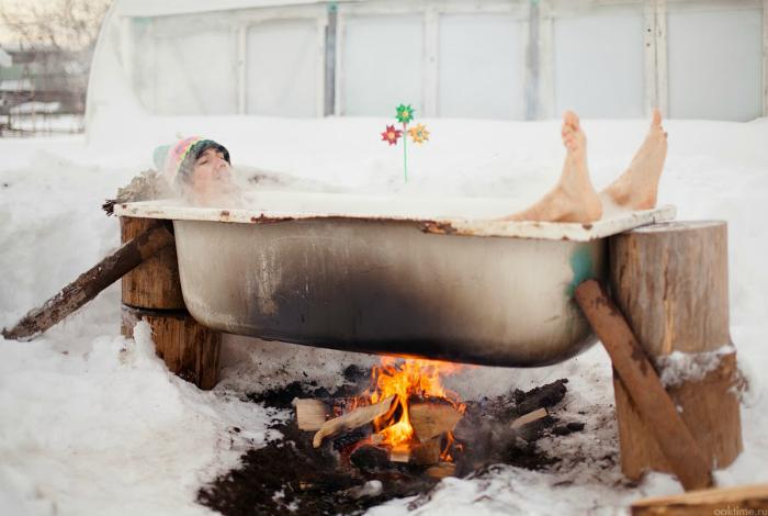 Горячая ванна.