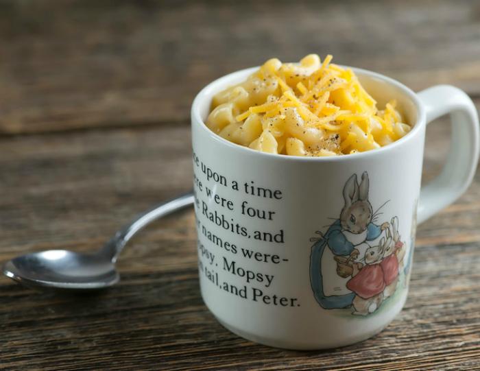 Макароны с сыром в чашке. | Фото: Вкусно и Душисто.