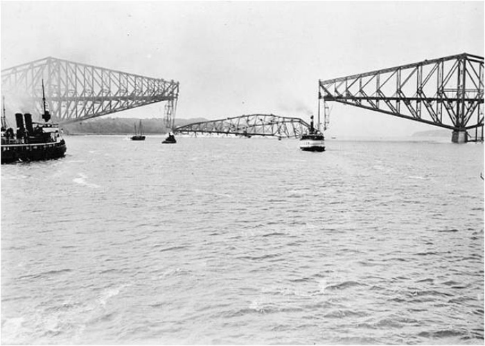 Разрушение моста в Квебеке, Канада.