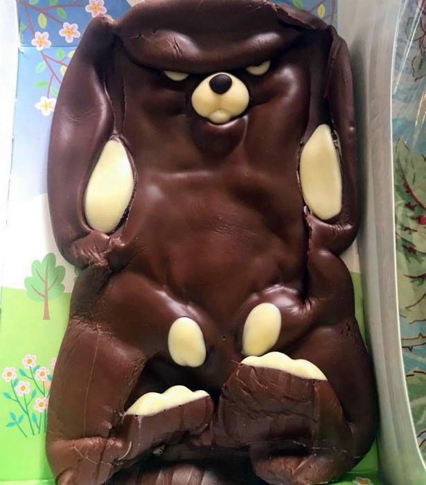 «Хотела его съесть, но теперь боюсь, что он съест меня!»   Фото: Reddit.