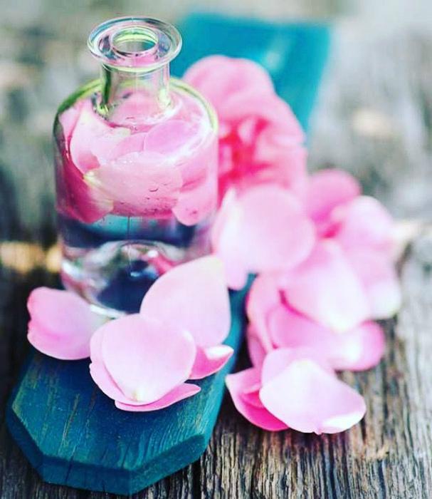 Компресс из лепестков роз.