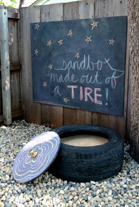 Песочника из старой автомобильной покрышки.