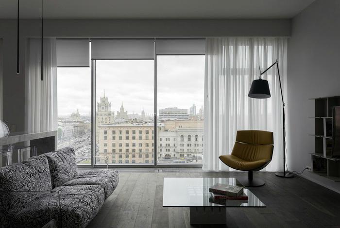 Окна в пол и плохой вид. | Фото: Красивые квартиры - MediaSole.