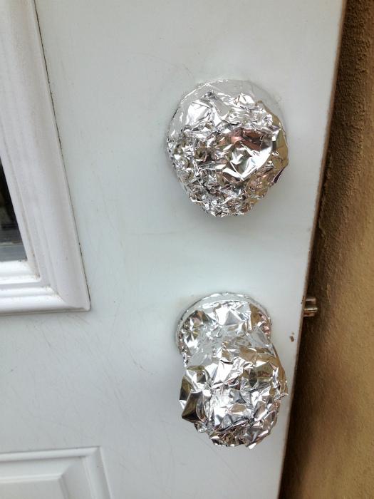 Фольга для защиты мелких деталей.