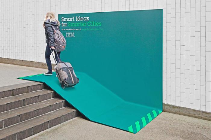 Полезный билборд-рампа от компьютерной компании IBM.