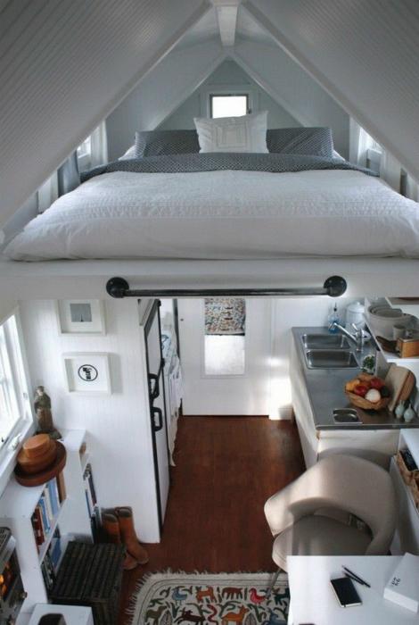 Монтаж кровати под потолком.