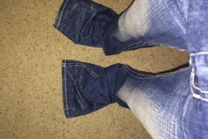 За джинсами и брюками подходящего размера придется идти в детский магазин.