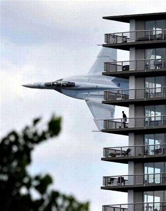 Combate F-16.