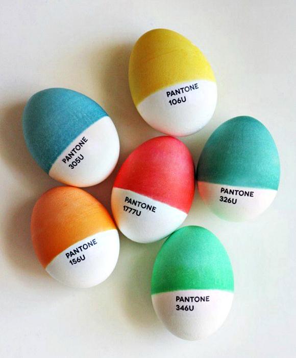 Яйца в стиле Panton.