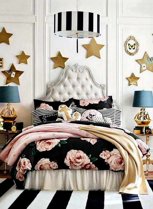 Гламурный интерьер спальни девчонки подростка.