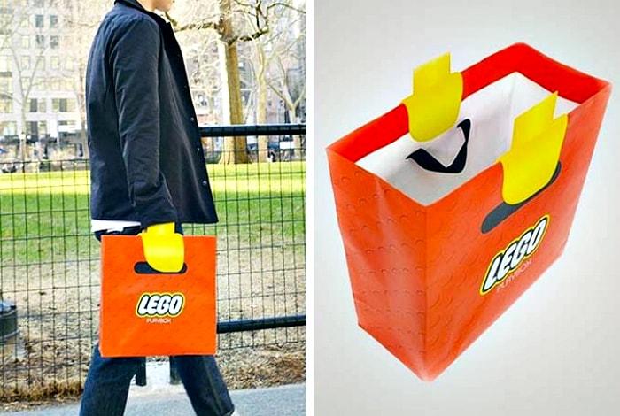 Пакет в стиле Lego.