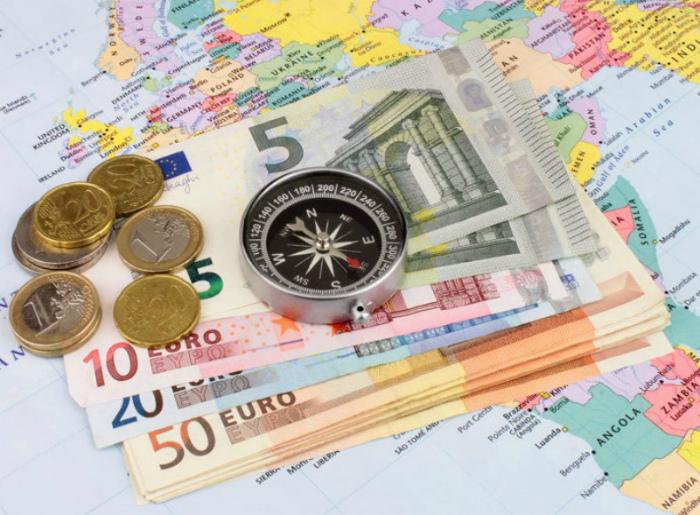 Деньги в путешествии. | Фото: TripHints.