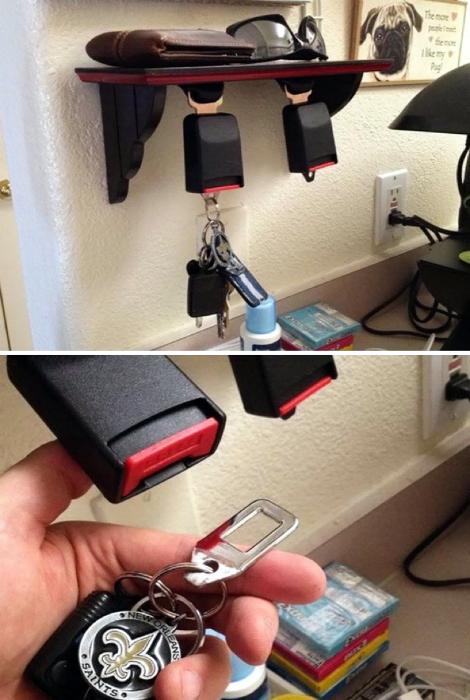 Держатель для ключей из фиксатора ремня безопасности.