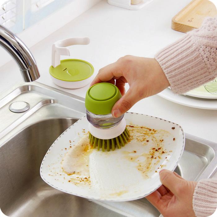 Щетка с отсеком для мыла. | Фото: Cajatesoro ES.