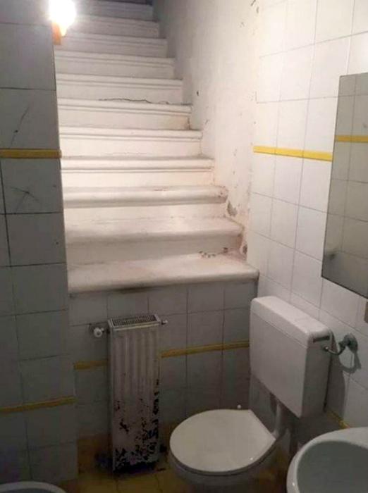 Туалет, в который сложно войти, но еще сложнее выйти. | Фото: The Games Machine.