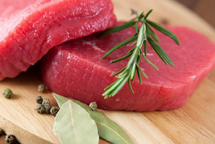 Блюда из красного мяса.