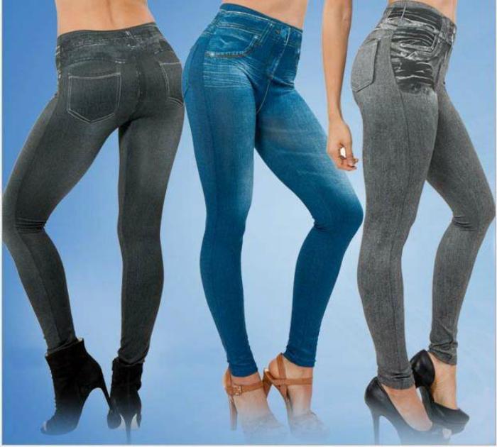 Леггинсы, стилизованные под джинсы.