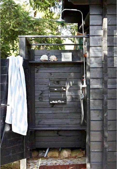 Летний душ.| Фото: Дом и Сад.