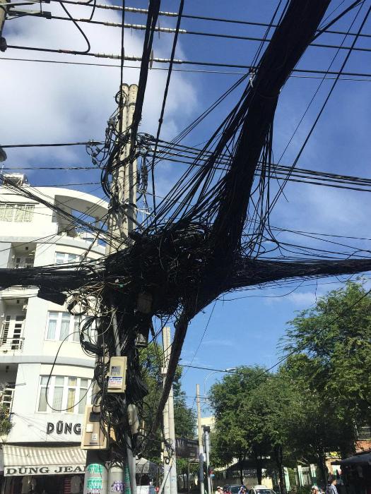 Аккуратные провода.