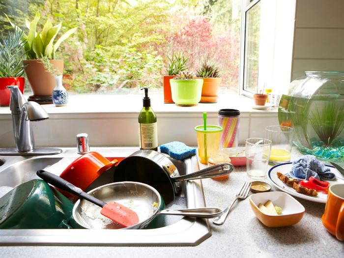Кухонная раковина.
