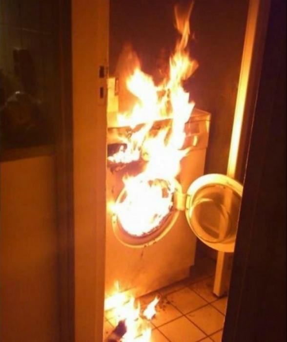 Когда сам подключил стиральную машину.