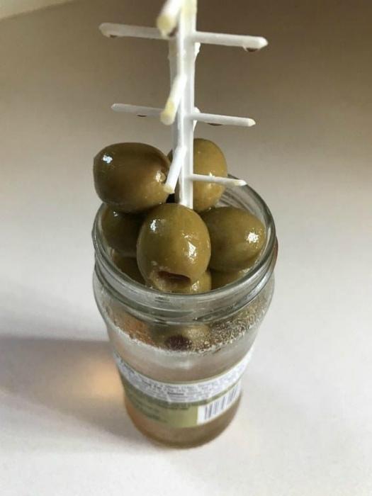Палочка для извлечения оливок.