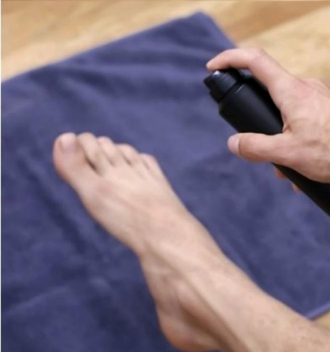 Снизить потливость ног. | Фото: Criatives.