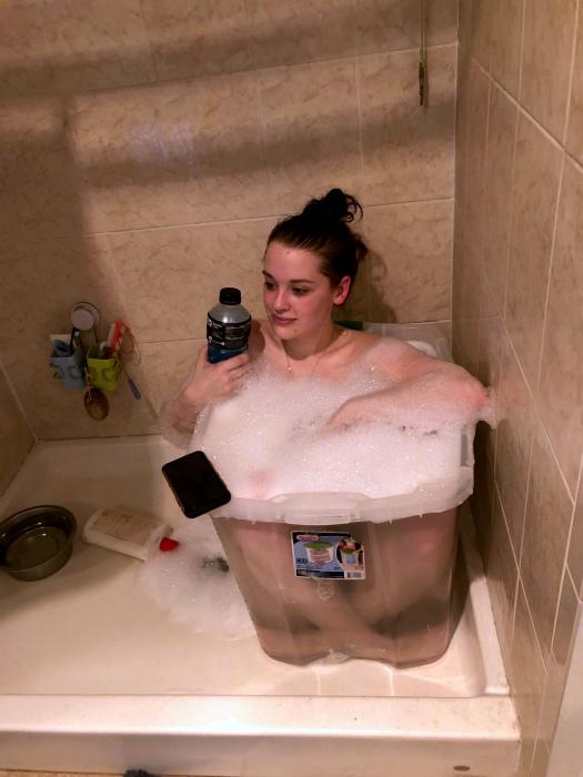 «Я просто хочу ванну!» | Фото: Reddit.