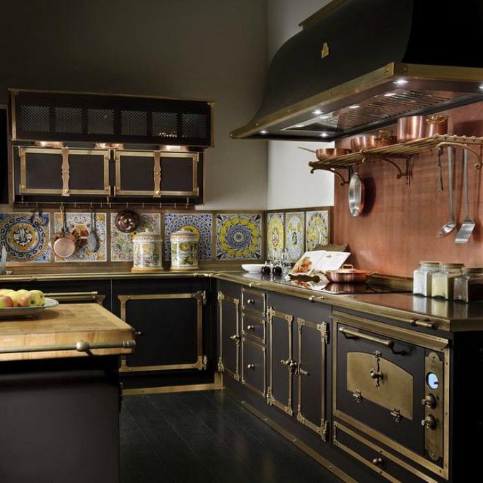Кухня «Medici Palace» от итальянской фабрики Officine Gullo.