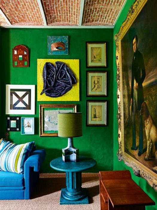 Гостиная в сине-зеленых тонах.