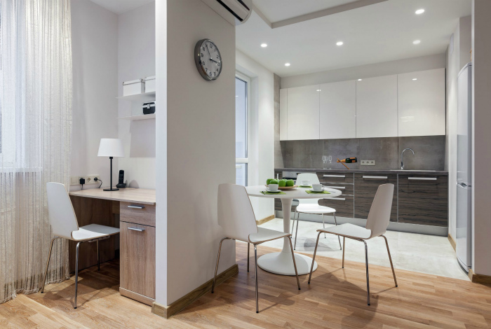 Перепланировка маленьких квартир. | Фото: TOCE.