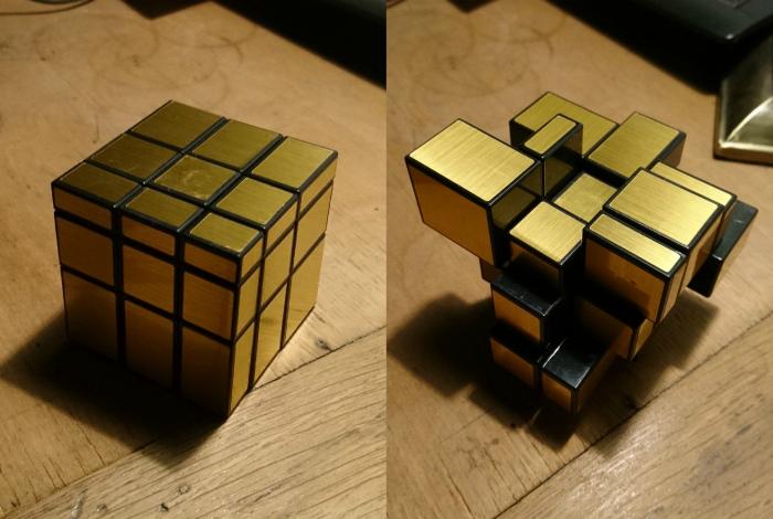 Оригинальный однотонный кубик Рубика.   Фото: Know Your Meme.
