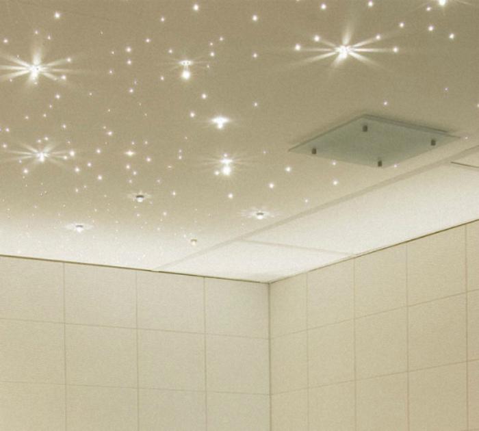 Освещение в ванной комнате. | Фото: Strport.ru.