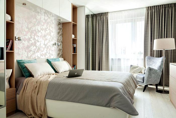 Небольшая спальня в классическом стиле.