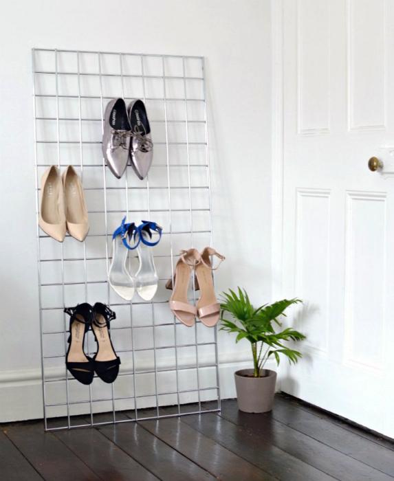 Решетка для обуви на каблуках.